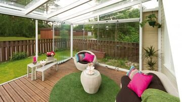 lumon_glass_terrace2-670x376